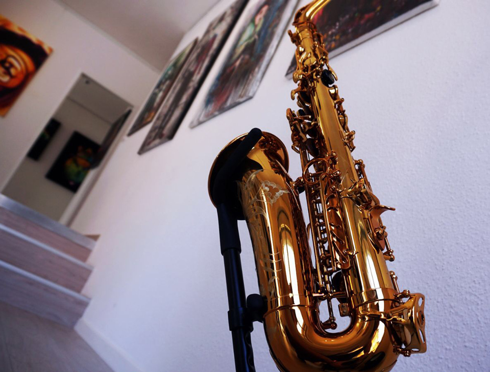 hendry_music_gallery_saxophone